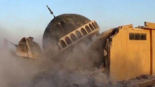 isis-destroys-iraqi-shrines-03