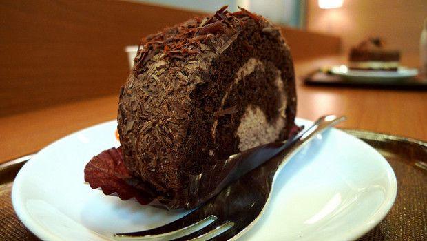 rotolo-al-cioccolato-e-ricotta-620x350
