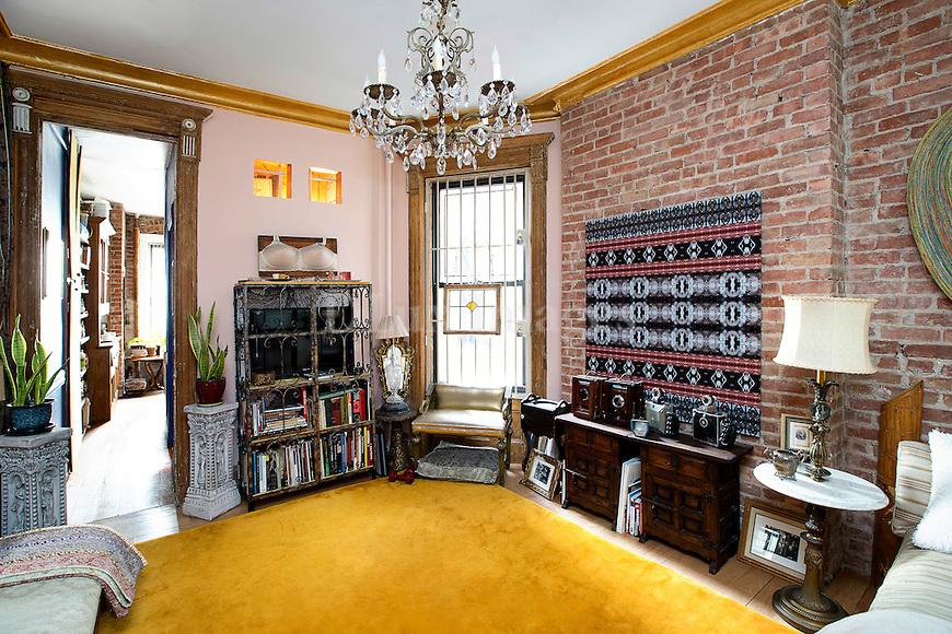 House of Cynthia Karalla : New York, USA