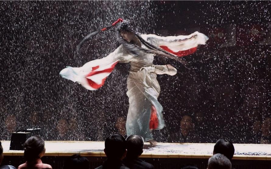 27247899-geisha-wallpapers